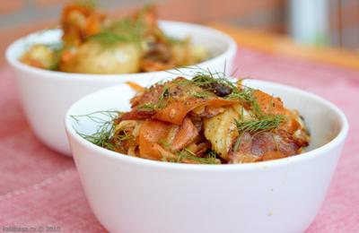 salaty vse podryad meat salads  Теплый мясной салат Куриные потрошка Картофель Бекон