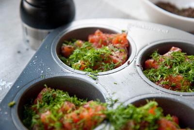 breakfast recipes snack  Омлет с лососем в формочках Яйца Рыба