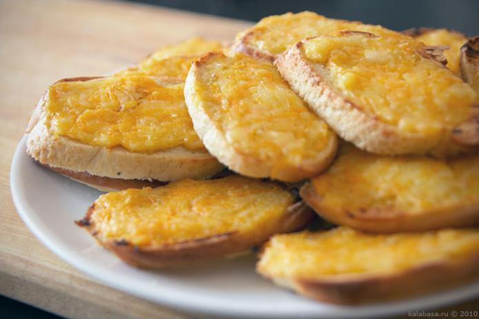 special food breakfast recipes vse podryad sandwiches  Гренки утренние Чеснок Хлеб Сыр Морковь