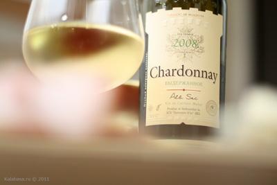 drinks vse podryad wine  Chardonnay выдержанное; белое сухое; Suvorov vin, 2008, Молдавия